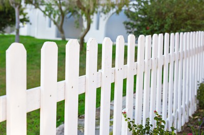 Cape Coral Gates and Fences - Vinyl Fencing and Gates 1