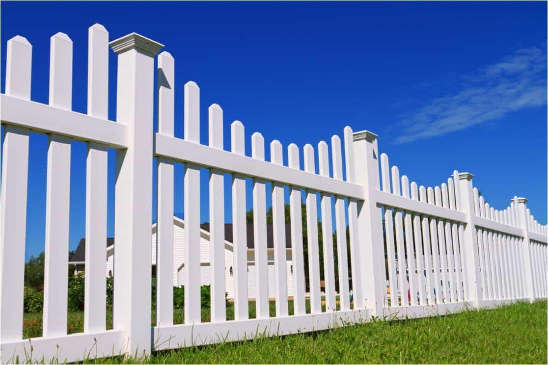 Cape Coral vinyl fence